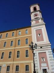 Caserne Rusca - Français:   Tour de l\'Horloge et caserne Rusca, (Nice, Alpes-Maritimes, France)