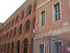 Caserne Rusca - This building is indexed in the Base Mérimée, a database of architectural heritage maintained by the French Ministry of Culture, under the reference PA00080778 .