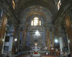 Eglise Saint-Jacques-le-Majeur dite du Gésu - Français:   Rue Droite dans le Vieux-Nice (Alpes-Maritimes), église St Jacques-le-Majeur, la nef vers le choeur.
