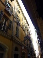 Immeuble - Français:   Immeuble du 14, rue Droite à Nice, (Alpes-Maritimes, France)