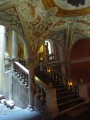 Palais Lascaris - Français:   Vue de l\'escalier et de l\'entrée du Palais Lascaris, (Nice, Alpes-Maritimes, France)