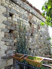 Maison - Français:   La Tour - Maison Olivari dite maison des Templiers