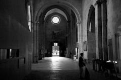 Cathédrale Saint-Sauveur - Français:   Collatéral droit Cathédrale Saint-Sauveur, Aix-en-Provence. Un moment de recueillement.