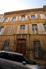 Hôtel de Taillas - This building is indexed in the Base Mérimée, a database of architectural heritage maintained by the French Ministry of Culture, under the reference PA00081056 .