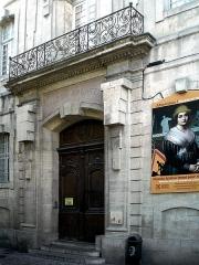 Ancien collège des Jésuites et ancien hôtel de Laval-Castellane, actuellement musée d'art chrétien et Museon Arlaten - English: Museon Arlaten - Arles (Bouches-du-Rhône, France)