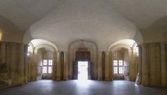 Hôtel de ville - Français:   Hôtel de Ville (salle rez-de-chaussée) d\'Arles (BdR, France)