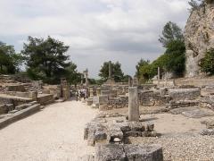 Fouilles de Glanum - Français:   Entrée sud, près de la source sacrée