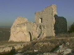 Château de la Reine Jeanne (ruines) -  Ruines du chateau de Ventabren.  Image extraite d'une vidéo prise en 97/98 par philippe lhardy.