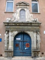 Hospice Saint-Jean - Français:   Hospice Saint-Jean de Brignoles Entrée