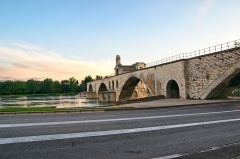 Chapelle et pont Saint-Bénézet - This building is indexed in the Base Mérimée, a database of architectural heritage maintained by the French Ministry of Culture,under the reference PA00081815 .