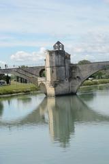 Chapelle et pont Saint-Bénézet - Français:   Chapelle St Nicolas sur le pont St Bénézet