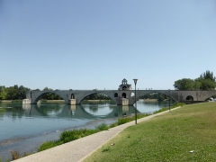 Chapelle et pont Saint-Bénézet - Français:   Pont Saint Bénézet d\'Avignon