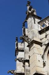 Eglise Saint-Michel - English: Détail de la chapelle Saint-Claude de l'église Saint-Michel. Cette chapelle est de style gothique flamboyant ornée de gargouilles.