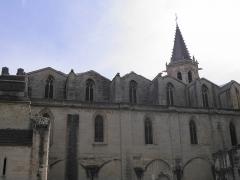 Eglise Saint-Siffrein, ou ancienne cathédrale - Français:   Cathédrale Saint-Siffrein à Carpentras (Vaucluse, France).