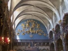Eglise paroissiale Notre-Dame-des-Anges - Français:   Décor de Notre Dame des Anges à l\'Isle sur la Sorgue (84)