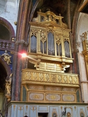 Eglise paroissiale Notre-Dame-des-Anges - Français:   Orgue de Notre Dame des Anges à l\'Isle sur la Sorgue (84)
