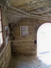 Château - escalier du Chateau de Lourmarin (84)