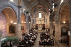 Eglise Notre-Dame-de-Nazareth (ancienne cathédrale) - Français:   La cathédrale Notre Dame de Nazareth en 2008 a fêté ses 800  (consaans de consécration (consacrée le 26 octobre 1208).