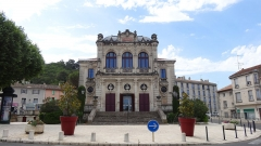 Théâtre municipal - This building is indexed in the Base Mérimée, a database of architectural heritage maintained by the French Ministry of Culture,under the reference PA00082109 .