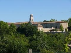 Etablissement conventuel  dit Sainte-Garde-des-Champs - English:   The former convent of Sainte-Garde-des-Champs at Saint-Didier (Vaucluse, Provence-Alpes-Côte d\'Azur, France).