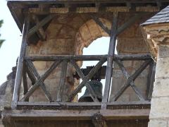 Eglise Saint-Jacques - Français:   Gros plan sur le clocher-mur de l\'église Saint-Jacques  à Bergerac dans le département de la Dordogne.