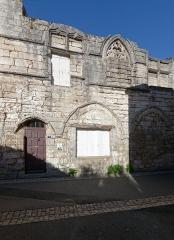 Maison - Français:   Maison au 7, rue Joussen à Brantôme (Périgord, France), classée monument historique.
