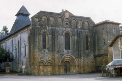 Eglise Saint-Barthélémy de Salles -  West Facade of the Our Lady of the Nativity Abbey in Cadouin.