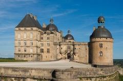 Château - Français:   Le Château de Hautefort, Dordogne.