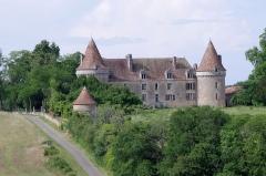 Château de Beauvais - Deutsch:   Schloß Beavais, Lussas-et-Nontronneau, Dordogne, France.
