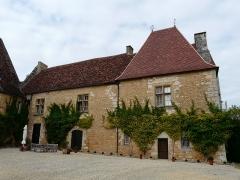 Château de Monsec - Français:   La façade sud du château de Monsec à Mouzens, Dordogne, France.