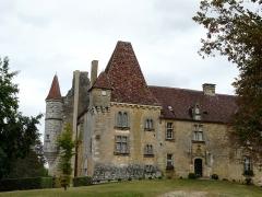 Château de Monsec - Français:   La façade occidentale du château de Monsec à Mouzens, Dordogne, France.
