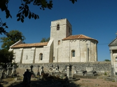 Eglise Saint-Martin d'Argentine - English: church and cemetery of Argentine, La Rochebeaucourt, Dordogne, SW France