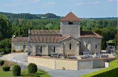 Eglise Sainte-Eulalie - Français:   Église Sainte-Eulalie (XIIe siècle), Saint-Aulaye, Dordogne, France.