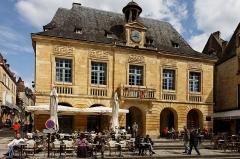 Hôtel de ville -  Vue de l'hôtel de ville de Sarlat.