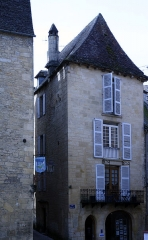 Immeuble -  Immeuble, 16 rue Fénelon, Sarlat-la-Canéda, Dordogne, France.