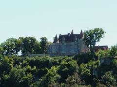 Château de Marzac - Français:   Le château de Marzac vu depuis le nord-est, Tursac, Dordogne, France.
