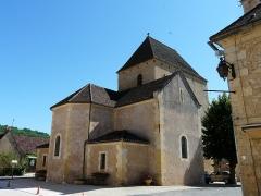 Eglise Saint-Julien - Français:   L\'église Saint-Julien de Tursac vue depuis le nord-est, Dordogne, France.