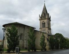 Eglise Saint-Pierre - Français:   12e s, remaniée fin 19e s. Vue du nord ouest. CMH 1915 et ISMH 2006.