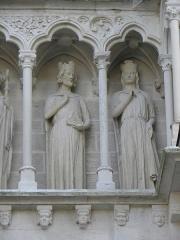 Cathédrale Saint-André - Portail royal de la cathédrale Saint-André de Bordeaux (33). Galerie. Louis VII, roi de France, et Aliénor d'Aquitaine.