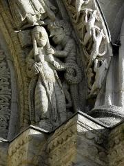 Eglise Sainte-Croix - Français:   Façade occidentale de l\'abbatiale Sainte-Croix de Bordeaux (33). Arcade aveugle droite.