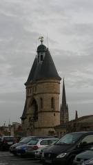 Ancien Hôtel de ville - This building is indexed in the Base Mérimée, a database of architectural heritage maintained by the French Ministry of Culture,under the reference PA00083210 .