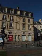 Immeuble -  Bordeaux (Gironde, France), immeuble sis 1, quai Richelieu.