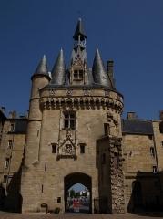 Porte du Palais (ou Porte Cailhau) - La porte Cailhau à Bordeaux, en Gironde