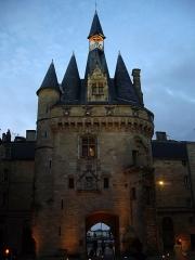 Porte du Palais (ou Porte Cailhau) - English: Photo of the Porte Cailhau in Bordeaux this last August.