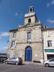 Hôtel de ville - English: Bourg (Gironde) La Jurade, maintenant Office de Tourisme