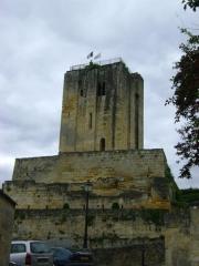Donjon fortifié, dit Château du Roi - Français:   Le Château du Roi à Saint-Emilion, Gironde.