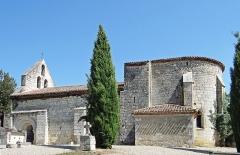 Eglise Saint-Martin de Mourrens - Français:   Sainte-Colombe-en-Bruilhois - Église Saint-Martin de Mourrens - Ensemble côté sud