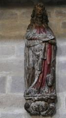 Eglise de l'Assomption - L'église Notre-Dame-de-l'Assomption à Ascain (Pyrénées-Atlantiques, Aquitaine, France), statue de l'apôtre saint Luc.