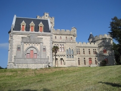 Château Abbadia - This building is indexed in the Base Mérimée, a database of architectural heritage maintained by the French Ministry of Culture, under the reference PA00084395 .