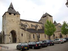 Eglise Sainte-Marie - English: Oloron-Sainte-Marie (Pyr-Atl) vue latérale Cathedrale-Ste Marie